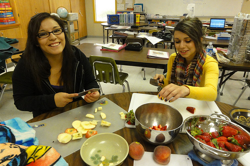 Fresh from the Start: Teens learn about nutrition and cooking